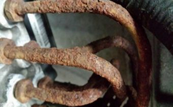 How to Clean Rusted Brake Lines